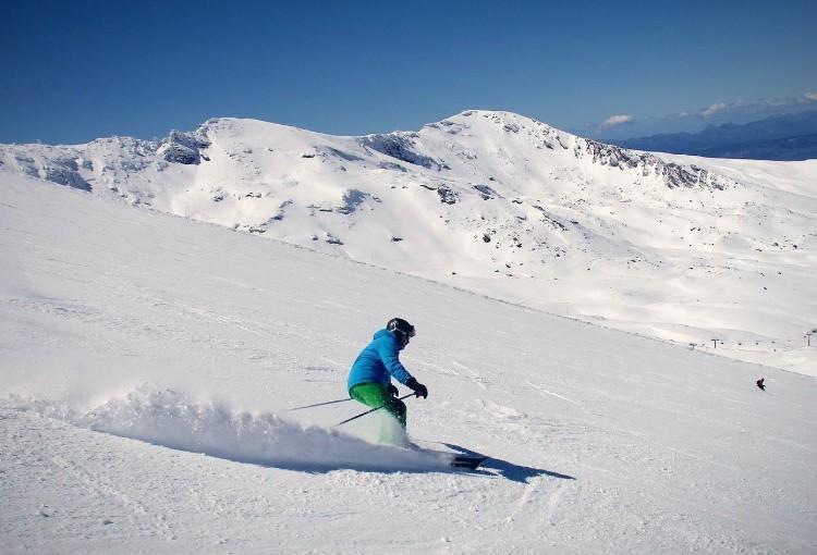 Curso de esquí de 2 días en Sierra Nevada Granada