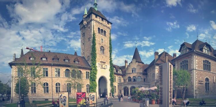 Que ver en Zúrich. Castillo de Prangins. Museo Nacional de Suiza