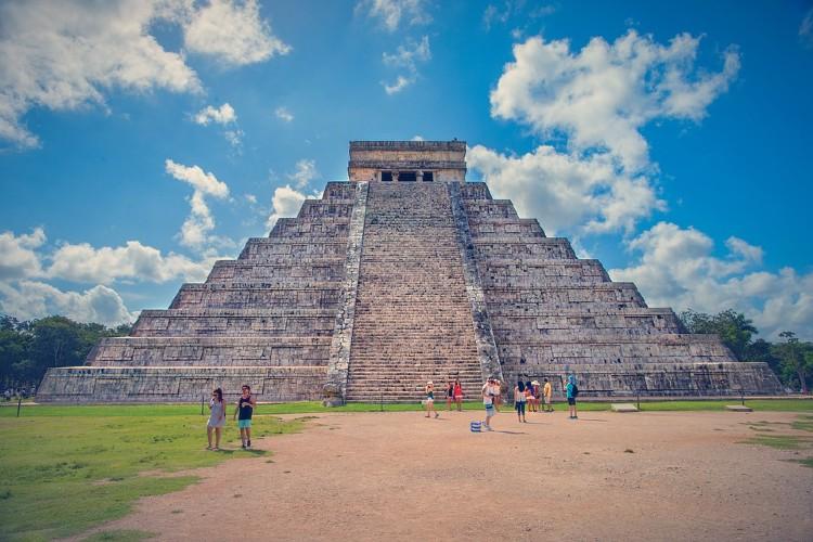 Pirámide de Kukulcán, México