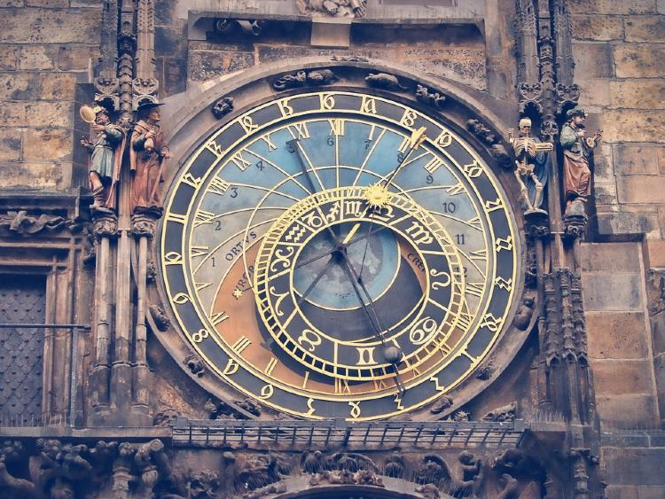 Tour en Praga en español. Reloj Astronómico de Praga