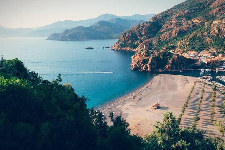 Córcega, costa de Francia