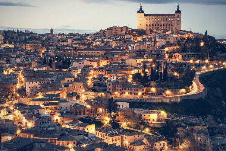 Visitar Castilla la Mancha. Toledo de noche